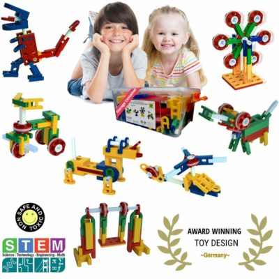 This is an image of two kids playing with the 106 piece building blocks.