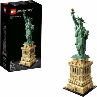 This is an image of a statue of liberty construction kit by LEGO.