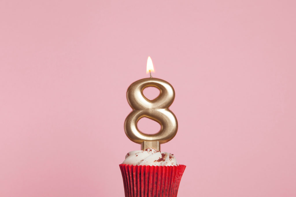 this is an image of a number 8 candle