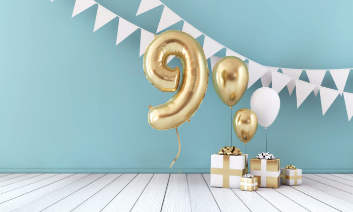 this is an image of decorations for a 9th birthday